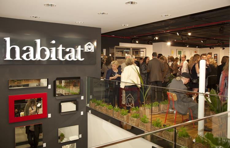 Tienda habitat barcelona sofs modulares ya sabis que la for Habitat muebles barcelona